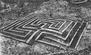 Labyrinth_XI